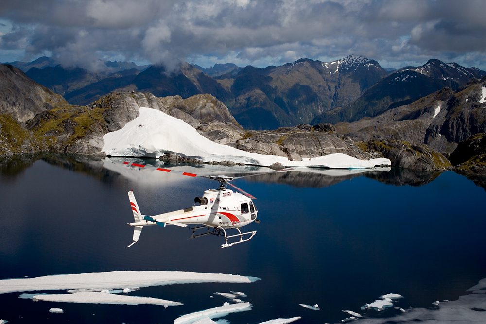 Book for Southern Lakes Helicopters through Loch Vista Bed & Breakfast